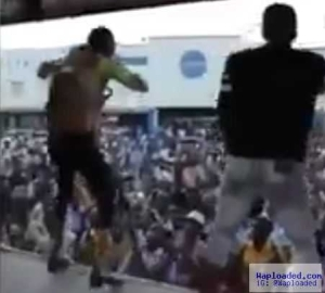 Video: Singer feeling funky with himself jumps into crowd, but their reaction will crack your ribs
